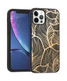 Design voor de iPhone 12 (Pro) hoesje - Bladeren - Goud / Zwart