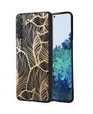 Design voor de Samsung Galaxy S21 hoesje - Bladeren - Zwart / Goud